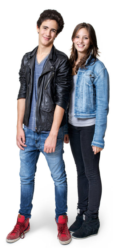 Portrait photography: Full body portrait of two teenagers in front of a white background. The photo is taken with studio lighting and white background in an apartment.