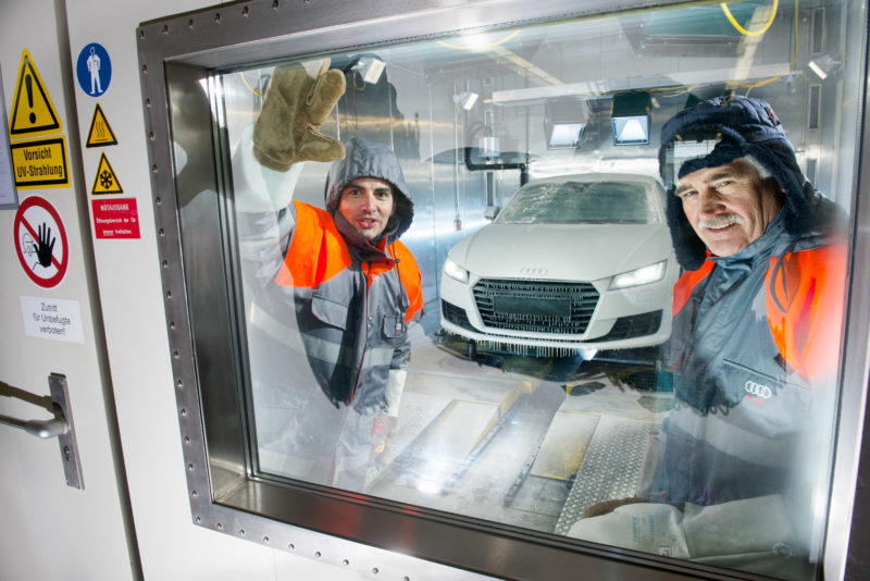 Industrial photography: In this climate chamber in the automotive industry the most extreme weather conditions can be simulated.