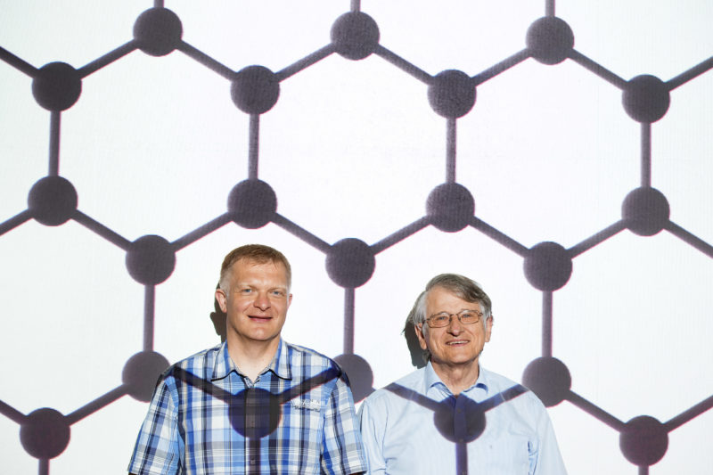 Science photography: The two Stuttgart physicists Jurgen Smet and Nobel Prize winner Klaus von Klitzing of the Max-Planck-Institute for Solid State Research explore the properties of graphene which consists of hexagonally arranged carbon atoms.