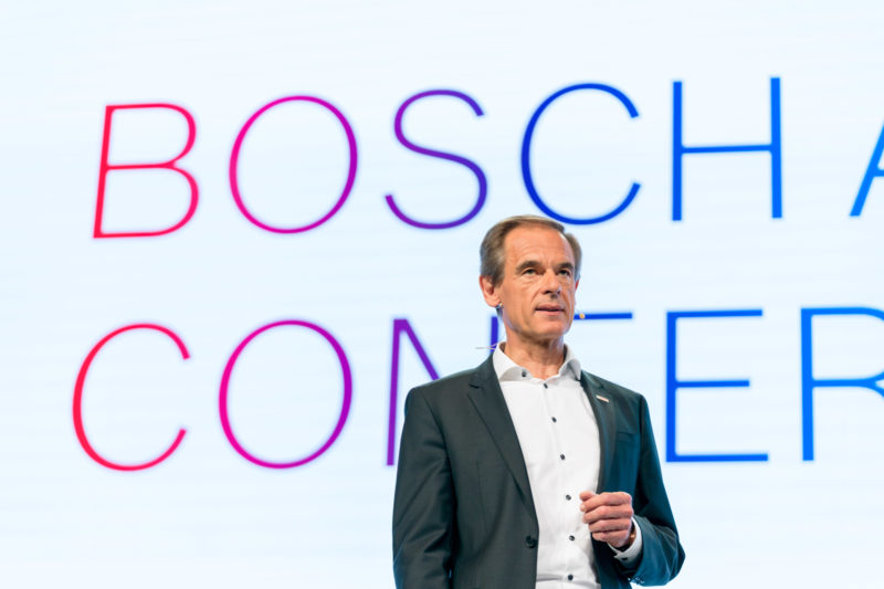 PR photography: Press photos at the press conference of Robert Bosch GmbH: Board of Management member Dr. Volkmar Denner during his presentation.
